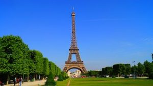 paris-1175022__180