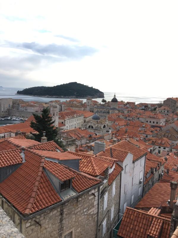 Dubrovnik_山側から海側に向けて